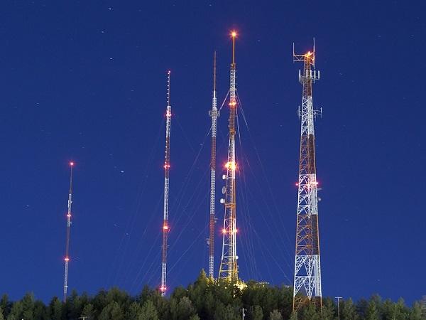 电信塔的航空障碍灯