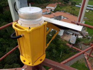 Luz de advertência de aeronave de média intensidade solar OMS2K
